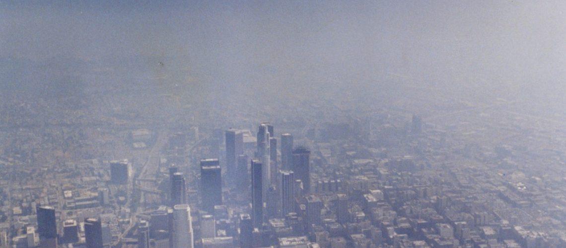Poluarea aerului cu particule reduce speranța de viață cu doi ani